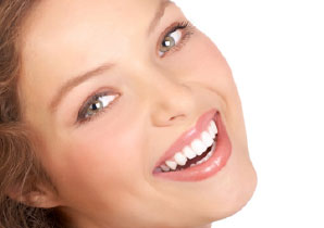 dental bonding gappy teeth in london bridge | Whites Dental